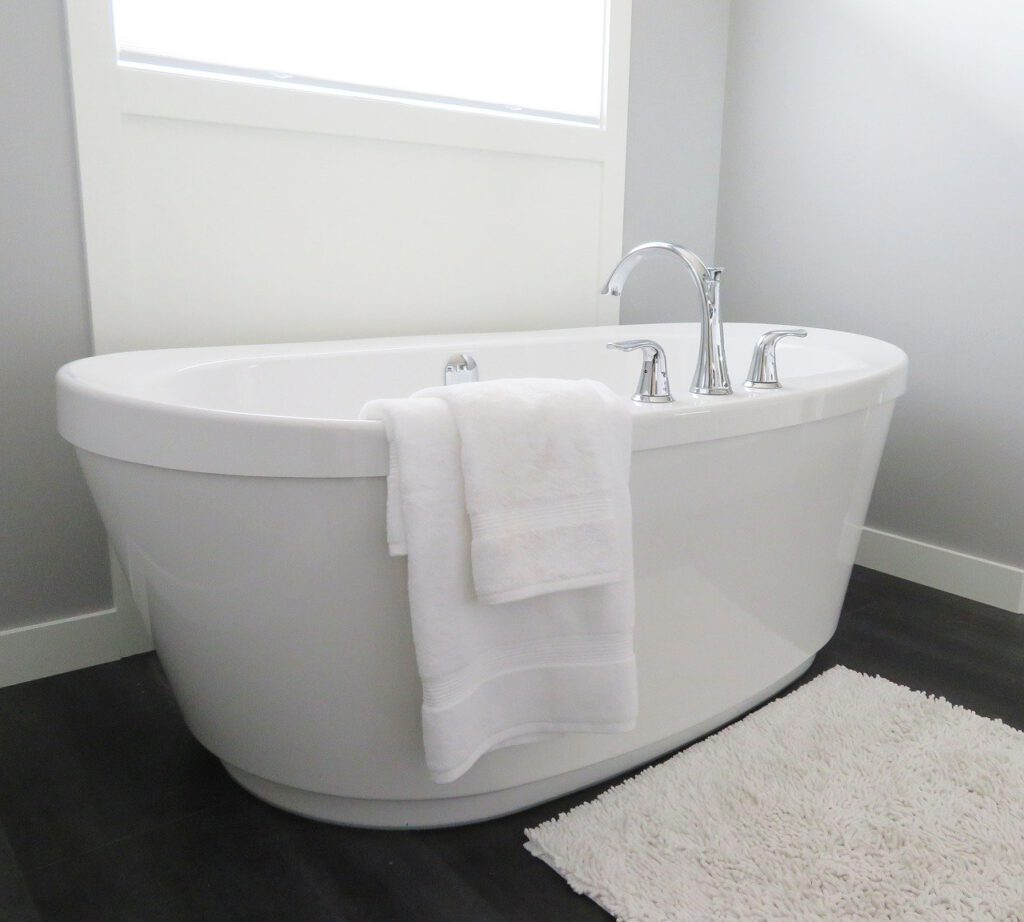 custom bath tubs installation in Tiverton RI